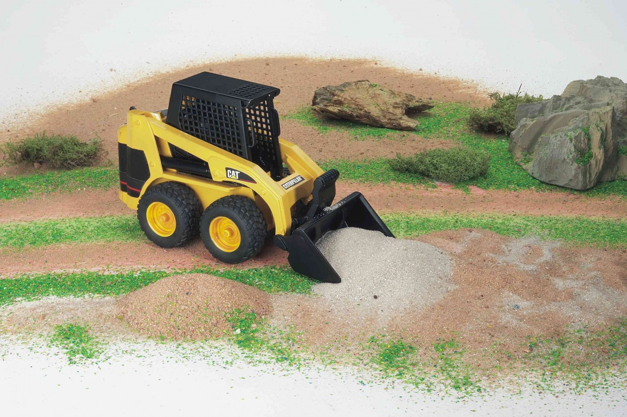 Bruder CATERPILLAR Plastic Toy Skid steer loader 02431