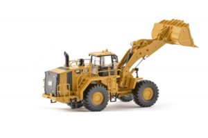 CAT 1:50 scale 988K Wheel Loader TR10001