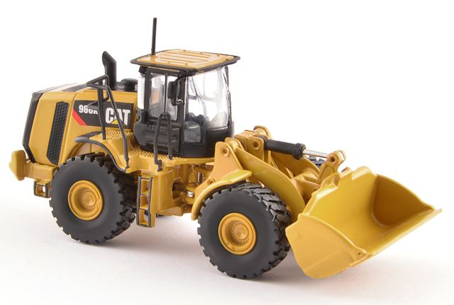 CAT 1:87 scale 966K Wheel Loader TR10004